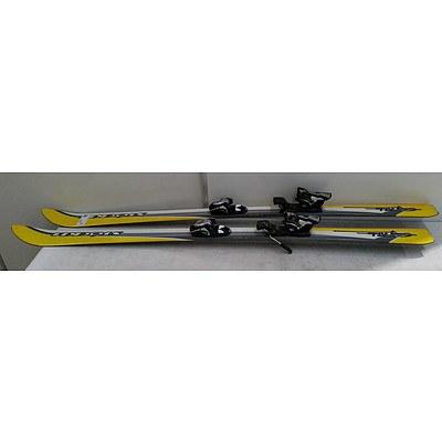 Stockli 156cm Skis