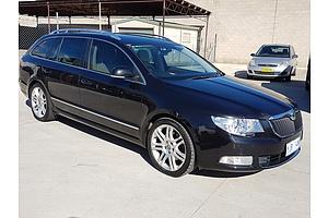 8/2011 Skoda Superb 125 TDI Elegance 3T MY11 4d Wagon Black 2.0L