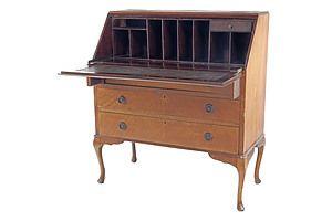 1920s Maple Bureau