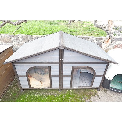 Dual Dog Kennel with Shingle Style Roof