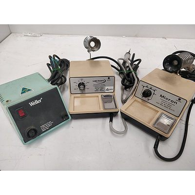 Lot of 3 boxes - Electrical equipment (2)