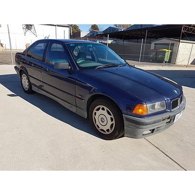 5/1996 Bmw 3 18i  4d Sedan Blue 1.8L