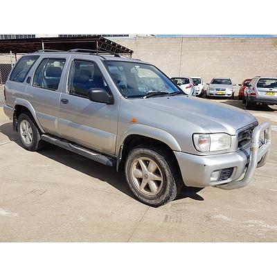 10/2004 Nissan Pathfinder Ti (4x4) MY03 4d Wagon Silver 3.3L