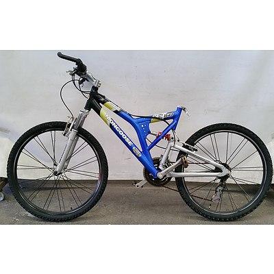Mongoose XR160 21 Speed Mountain Bike