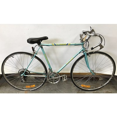Free Spirit Road Bike