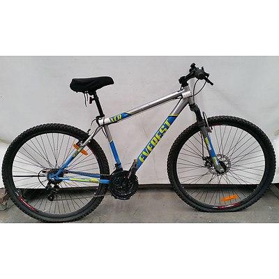 Everest XCR 21 Speed Mountain Bike
