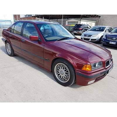 12/1993 BMW 320i  4d Sedan Red 2.0L
