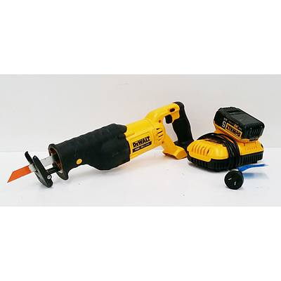DeWalt DC380-XE Cordless Reciprocating Saw with Battery and Charger