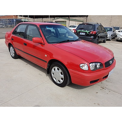 9/2000 Toyota Corolla Ascent AE112R 4d Sedan Red 1.8L