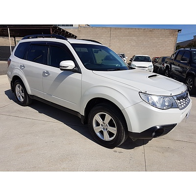 2/2012 Subaru Forester 2.0D MY12 4d Wagon White 2.0L
