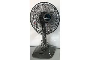 Mitsubishi 30cm Oscillating Desk Fan