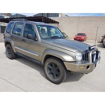 2/2007 Jeep Cherokee CRD Limited (4x4) KJ 4d Wagon Gold 2.8L