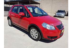 11/2013 Suzuki Sx4 Crossover AWD GY 5d Hatchback Red 2.0L