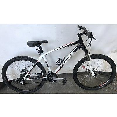 Avanti Montari Mountain Bike