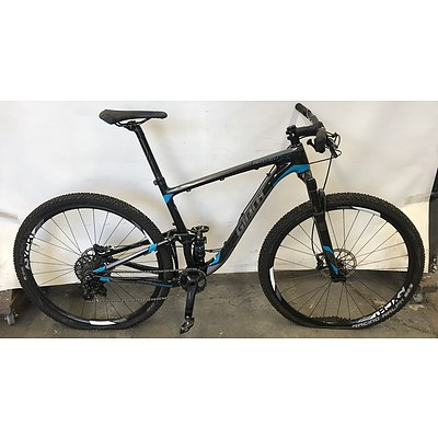 2016 Giant Anthem Advanced X Mountain Bike