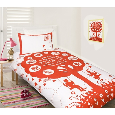 Happy Kids Red Bees Knees Quilt Cover Set - Single Bed - RRP: $79 + ' image'